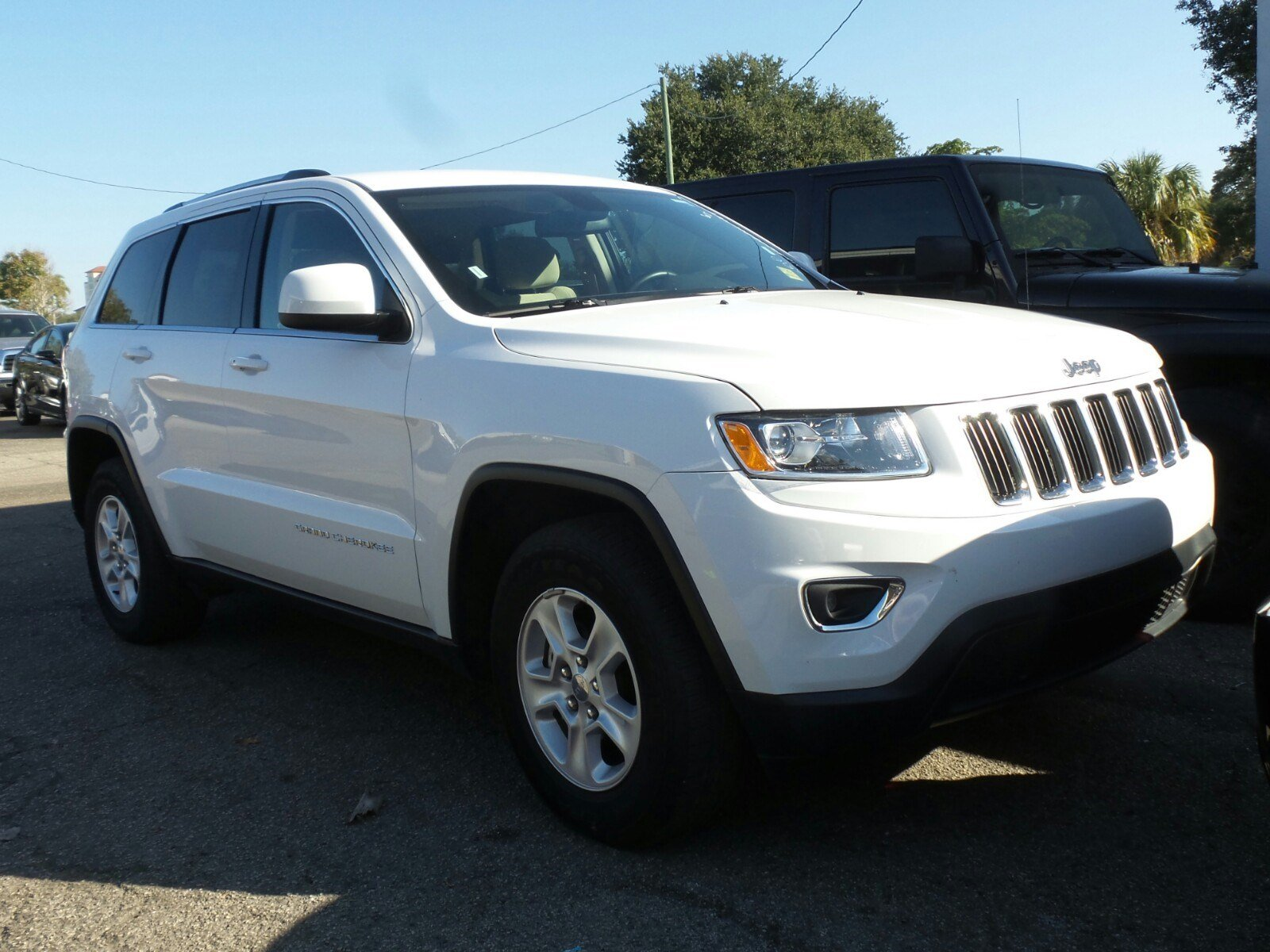 pre owned 2015 jeep grand cherokee laredo sport utility in sarasota fc217789 sarasota ford. Black Bedroom Furniture Sets. Home Design Ideas