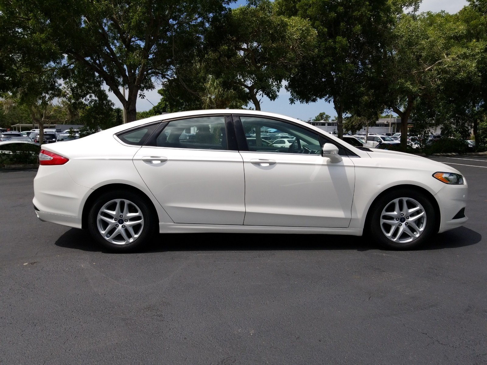 Certified Pre Owned 2015 Ford Fusion SE WHITE PLATINUM PREMIUM COLOR