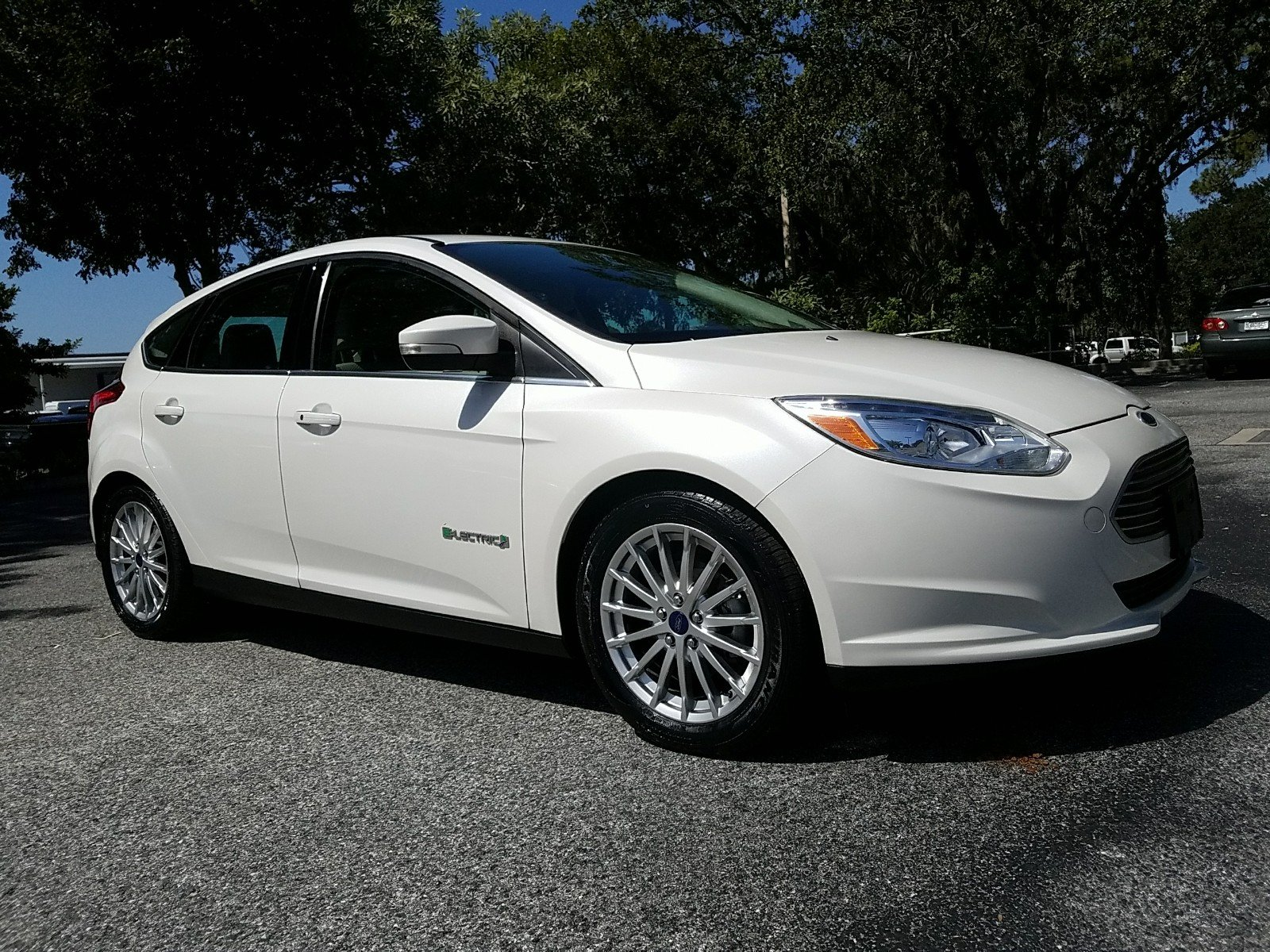 Certified Pre-Owned 2014 Ford FOCUS ELECTRIC NAVIGATION & Certified Pre-Owned 2014 Ford FOCUS ELECTRIC NAVIGATION Hatchback ... markmcfarlin.com