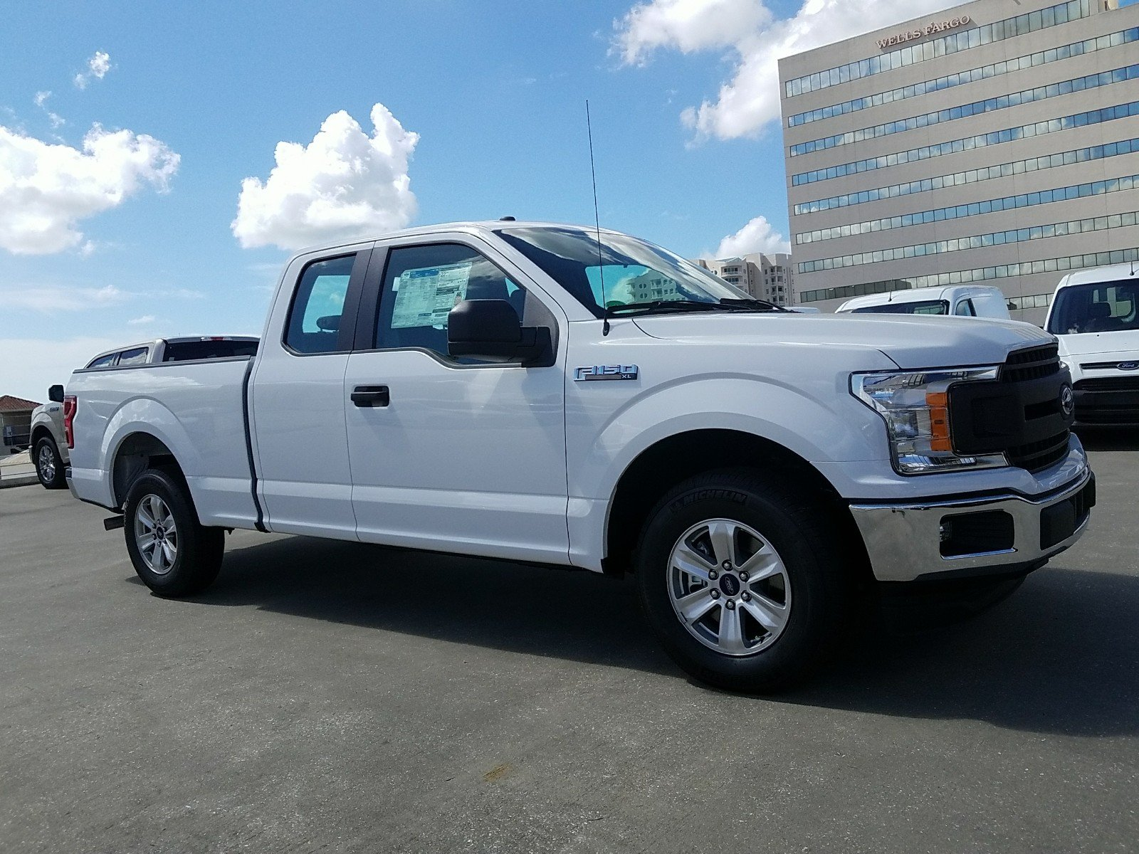 New 2018 Ford F150 XL Extended Cab Pickup in Sarasota JFA27789