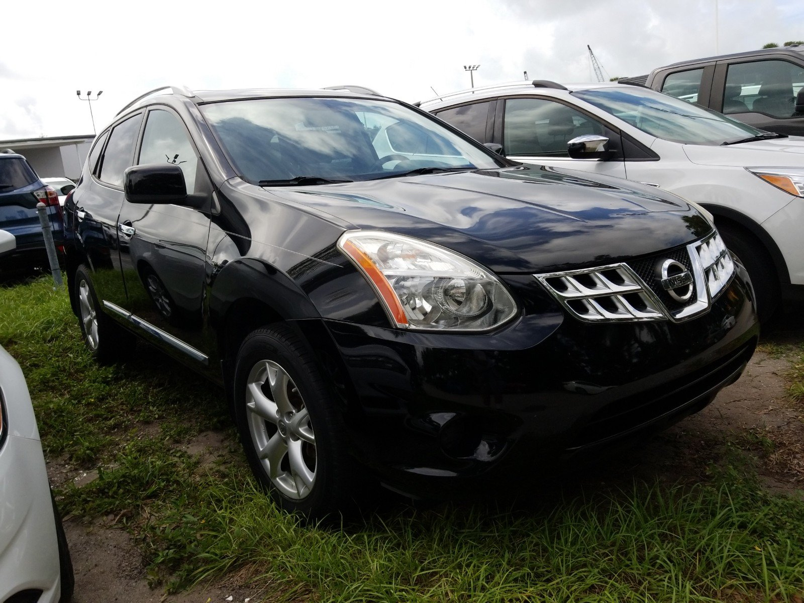 Pre Owned 2011 Nissan Rogue SV PACKAGE*NAVIGATION*LOCAL VEHICLE*FRESH TRADE  IN*WARRANTY*