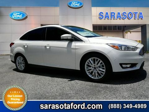 New 2017 Ford Focus Titanium FWD 4dr Car